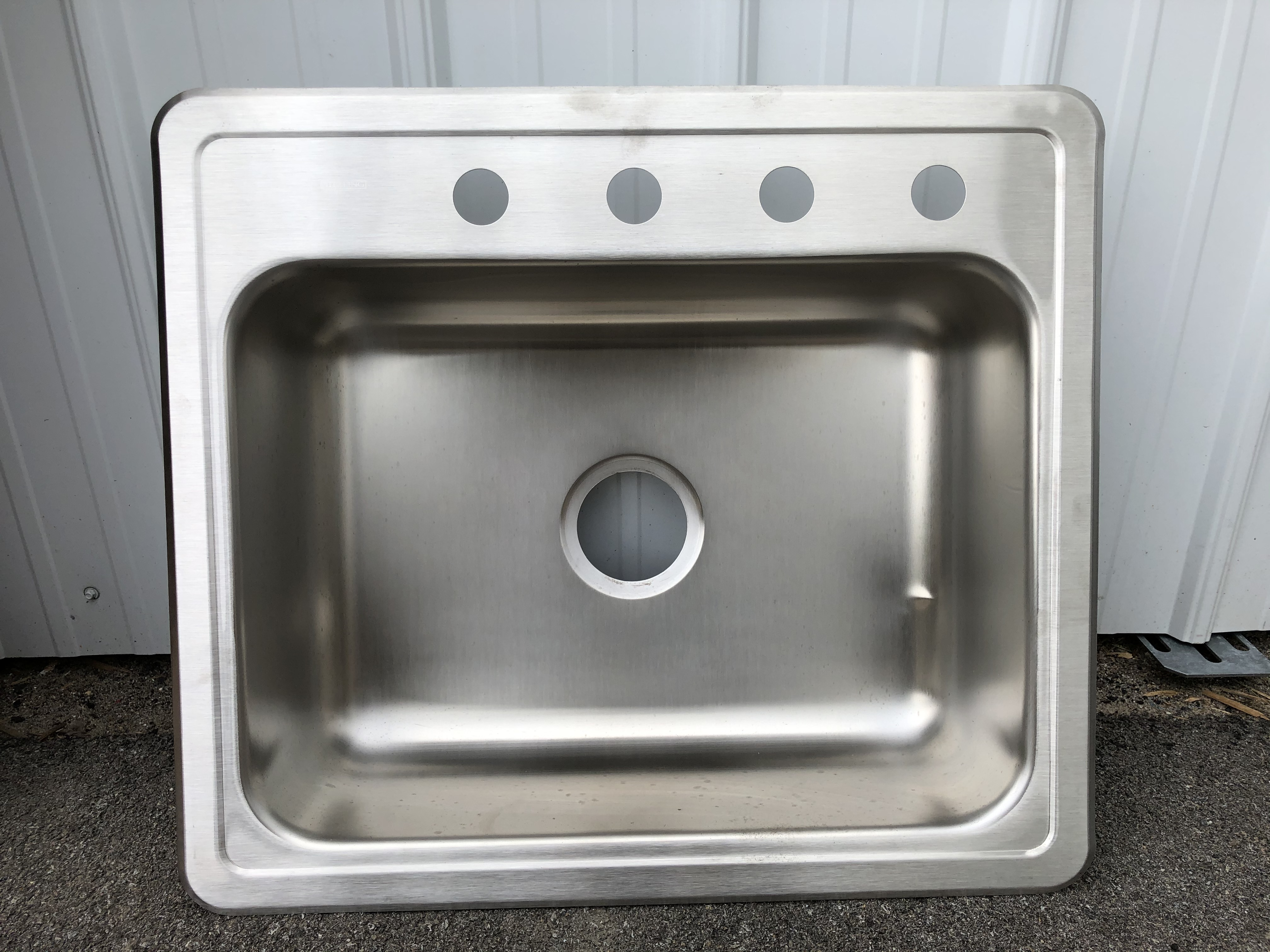 Sterling Single Bowl Stainless Steel Sink PRO25226-4S (Small Dent)